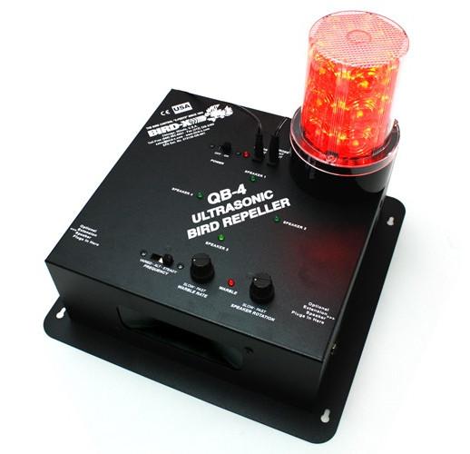 """Промышленный ультразвуковой отпугиватель птиц и вредных животных """"QuadBlaster QB-4"""" с 4 встроенными динамиками"""